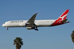 Qantas Airways 787-900 Dreamliner (VH-ZNF) LAX Approach 4 (hsckcwong) Tags: qanrasairways qantas 787900 7879 787 dreamliner vhznf lax klax