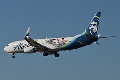 Alaska Airlines Toy Story 4 Livery 737-890 (N589AS) LAX Approach 5 (hsckcwong) Tags: alaskaairlines toystory4livery 737890 737800 737 n589as lax klax