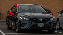 2019 Toyota Camry (mlokren) Tags: 2020 car spotting photo photography photos pic picture pics pictures pacific northwest pnw pacnw oregon usa vehicle vehicles vehicular automobile automobiles automotive transportation outdoor outdoors 2019 toyota camry black sedan