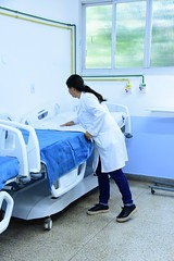 Aline Rodrigues é coordenadora de enfermagem do hospital Leal Junior (3) (itaborairj) Tags: reforma enfermarias hospitallealjunior saúde itaboraí 20022020