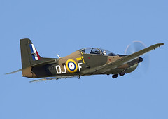 Tucano (Graham Paul Spicer) Tags: iwm duxford airfield museum airshow aviation aircraft flying display shorts tucano trainer military raf royalairforce