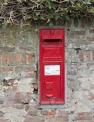 Photo of Victorian Post Box, Low Dinsdale