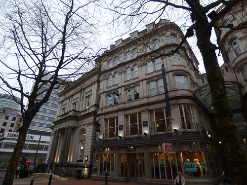HSBC UK, Apple and Oasis - New Street, Birmingham