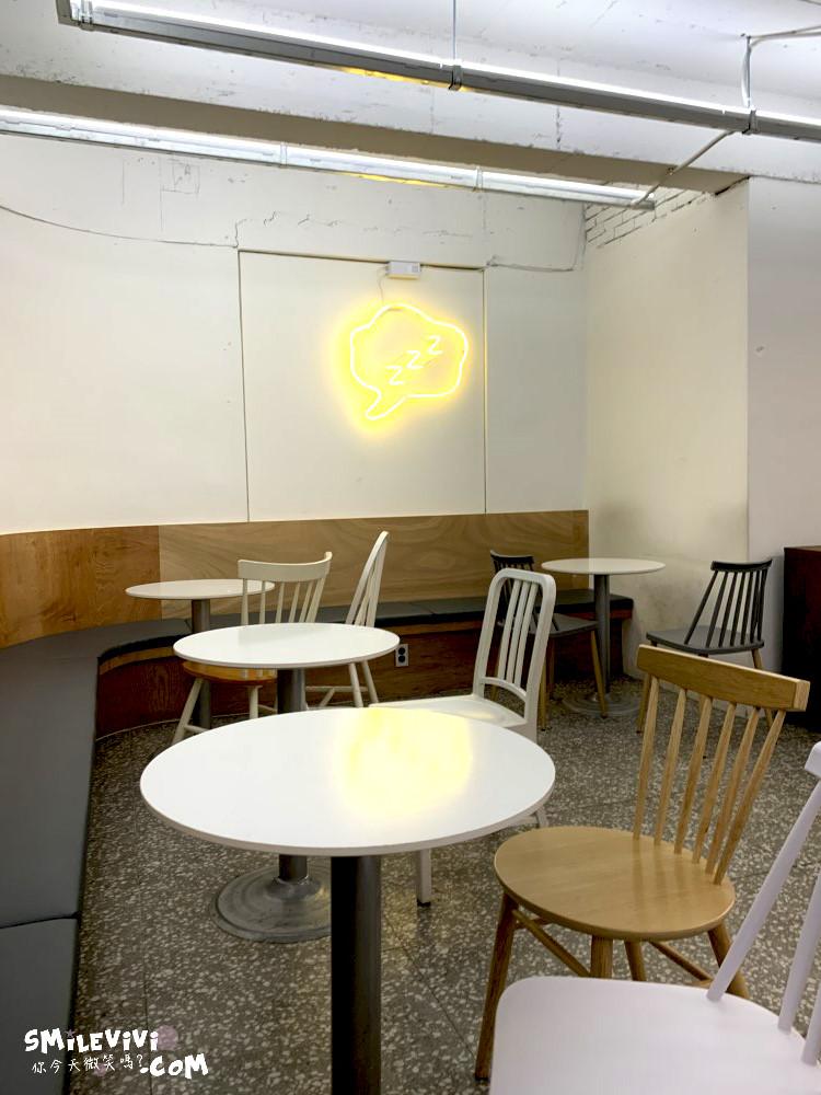 食記∥韓國首爾弘大(홍대)COFFEE SLOB(커피 슬롭)弘大咖啡廳氣氛優美典雅咖啡又便宜 7 49568592563 fb6ef12bcb o