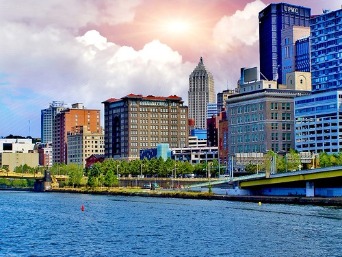 Pittsburgh Pennsylvania  - Allegheny River  Skyline  -  Renaissance Pittsburgh Hotel