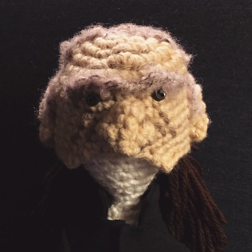 Scuola di Uncinetto: come fare un ovale perfetto a crochet ... | 500x500