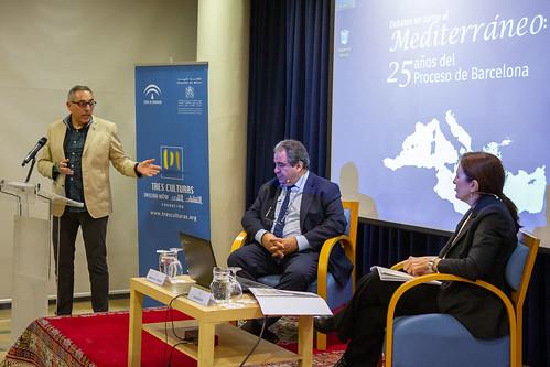 """Debates en torno al Mediterráneo. Mesa 3. Educación e investigación • <a style=""""font-size:0.8em;"""" href=""""http://www.flickr.com/photos/124554574@N06/49578164131/"""" target=""""_blank"""">View on Flickr</a>"""