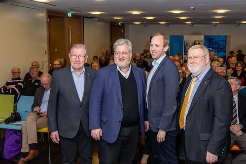 Diskussion beim Verband der Katholiken in Wirtschaft und Verwaltung im Forum St. Peter, Oldenburg.