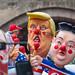 Persiflagewagen beim Kölner Rosenmontagszug: Wladimir Putin, Kim Jong-un und Donald Trump als Stephen Kings ES-Clown