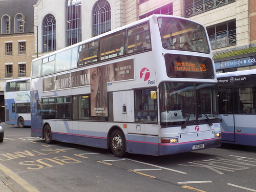 First Essex Buses 33087