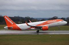 Photo of G-UZLG Airbus A320-251N Easyjet