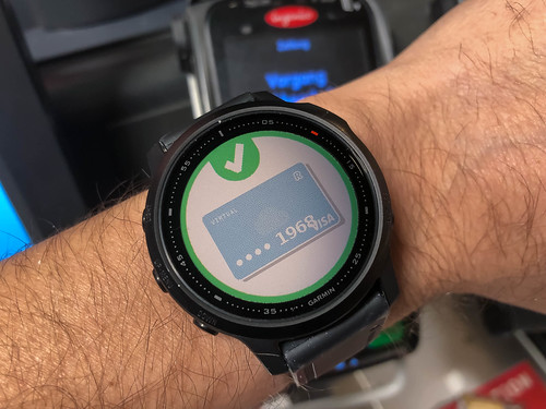 Making payments in a quick and safe way with Garmin's smart watch
