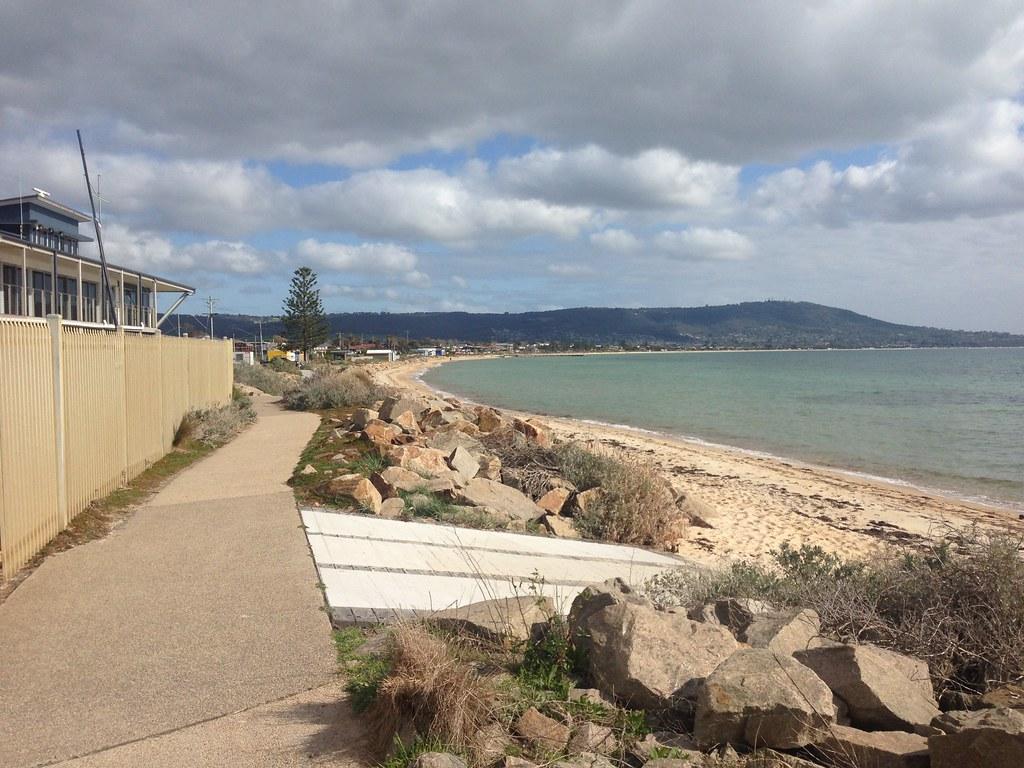 View along beach towards Mornington, Safety Beach