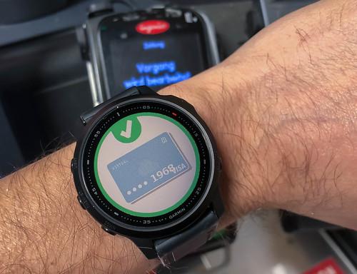 Zahlung erfolgt: mit Garmin Pay kontaktlos per Smartwatch bezahlen