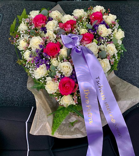 45mm lila rouwlint met goud glimmend bedrukt