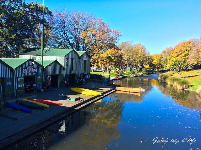 基督城雅芳河附近有遊船公司