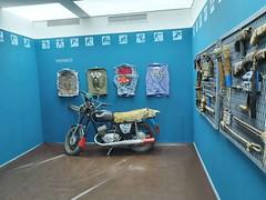 Київ, Галерея Пінчука 87  Ukraine  InterNetri