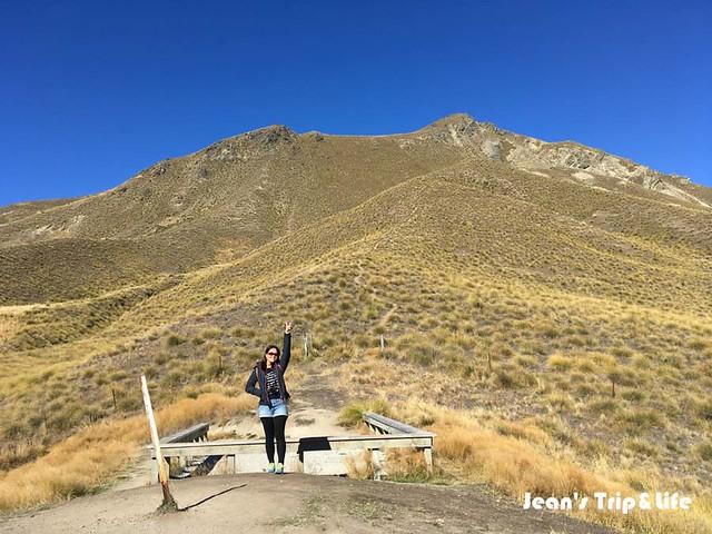 林迪斯隘口 Lindis Pass 有荒漠的景致