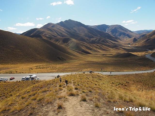 紐西蘭林迪斯隘口 Lindis Pass 很像大漠風情