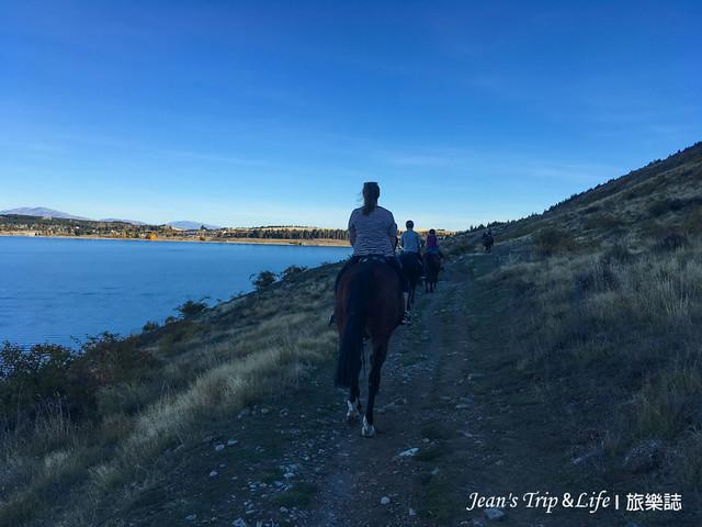 騎馬的女牛仔們