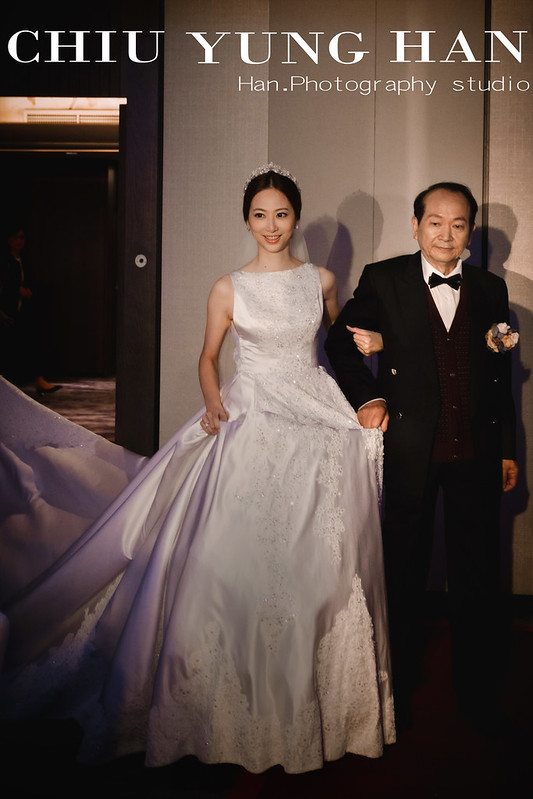 台北婚禮紀錄,喜來登婚禮紀錄,喜來登,喜來登婚攝,模特兒婚禮,新秘,新秘Jeanie,閨蜜照,雜誌感婚禮紀錄,婚禮紀錄,全家便利商店