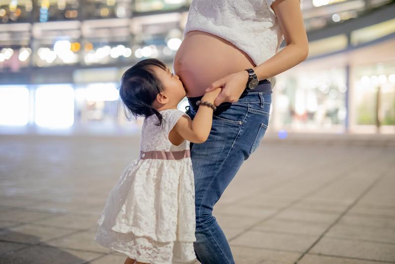 """""""孕婦寫真,孕婦拍攝,孕婦攝影,孕婦照,孕婦穿搭,孕媽咪,親子寫真,懷孕寫真價格,全家福攝影,懷孕記錄,appleface攝影,臉紅紅攝影,"""""""