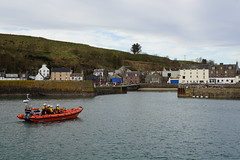 Photo of RNLI volunteers out on morning exercise