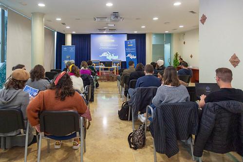 """Debates en torno al Mediterráneo. Sesión sobre empoderamiento de la mujer. • <a style=""""font-size:0.8em;"""" href=""""http://www.flickr.com/photos/124554574@N06/49638835893/"""" target=""""_blank"""">View on Flickr</a>"""