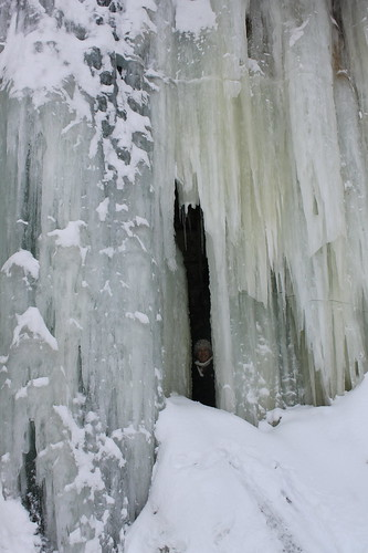 Dog Sledding and Ice Caves of Northern Michigan, March 2020