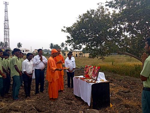 RKMVERI-FAR-Crop-production---Paddy-harvesting(100)