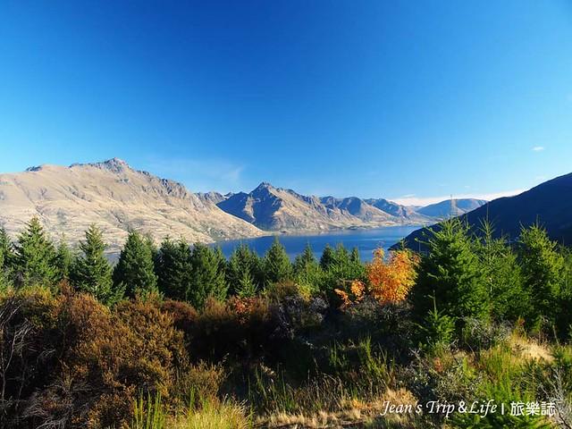 紐西蘭皇后鎮半山腰的風景