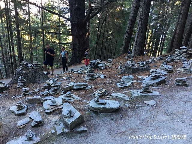 祈福用的小石堆