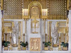 Le maître-autel de l'église Saint-Léopold Am Steinhof (Vienne, Autriche)
