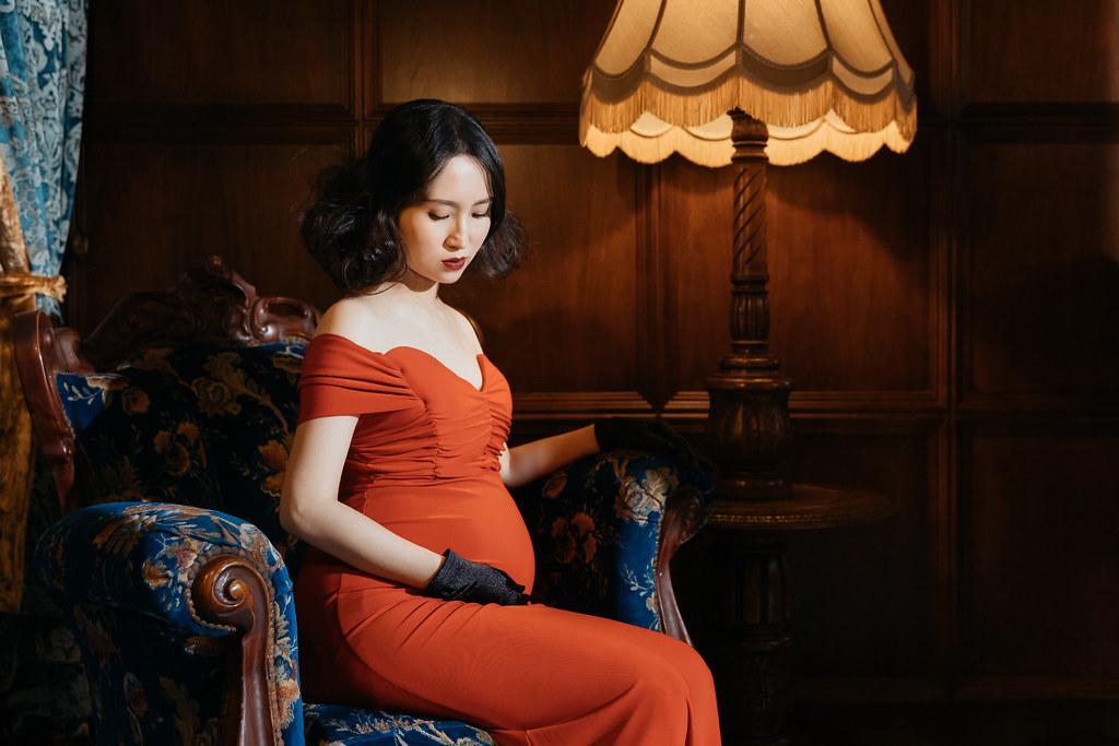 台南孕婦寫真|溫柔又性感的孕媽咪也能展現貴族的氣息呀|愛情街角-Love Corner