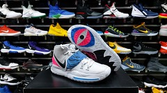 """Nike Kyrie Irving 6 / 7.5 - 8 - 8.5 - 9 - 9.5 - 10 - 10.5 - 11 - 12 us • <a style=""""font-size:0.8em;"""" href=""""http://www.flickr.com/photos/40658134@N04/49666346362/"""" target=""""_blank"""">View on Flickr</a>"""