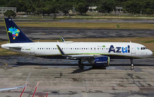 PR-YRN Airbus A320-251N  Azul  (SBRF)