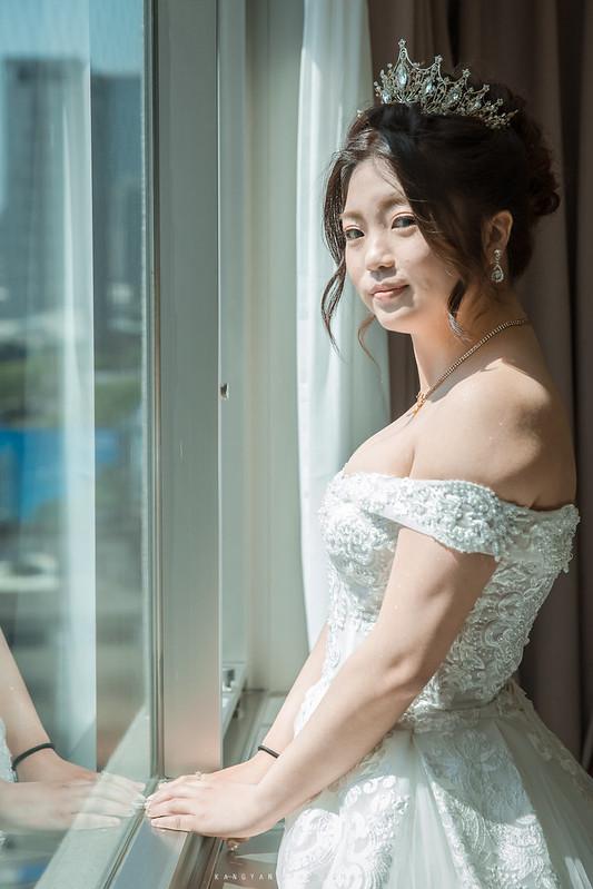 [台中婚攝] 汶高&宇婷 午儀晚宴@台中非常棧婚宴會館  #婚攝楊康