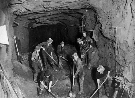 荷馬隧道 (Homer Tunnel)