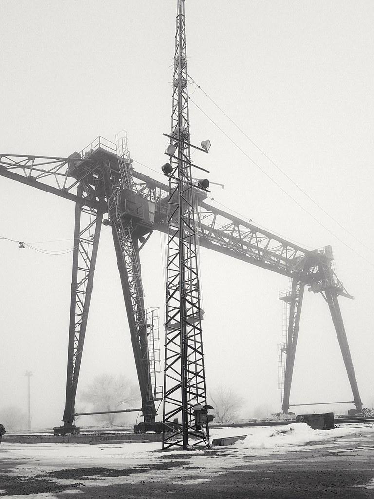 фото: industrial geometry and fog