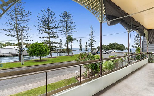 19 Waterloo Esp, Wynnum QLD 4178