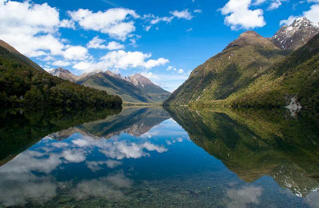 紐西蘭岡恩湖自然步道( Lake Gunn Nature Walk)