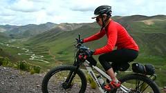 Cycling Abre de Jahuaycate, a 5081m pass