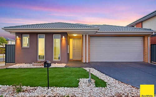 1 Larnook Crescent, Truganina VIC