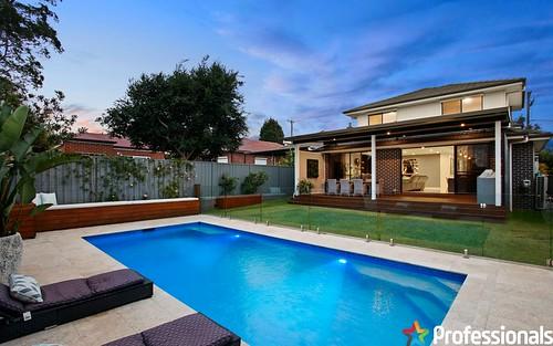 12 Lee Av, Beverly Hills NSW 2209