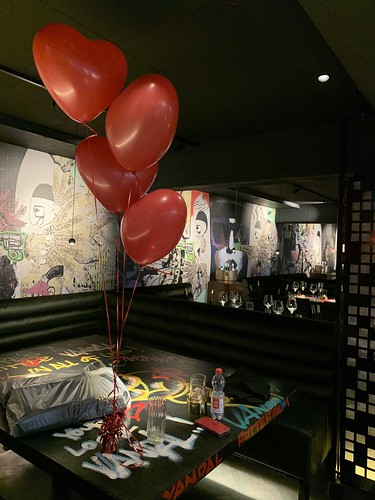 Tafeldecoratie 4ballonnen Hartballonnen Vandal Rotterdam