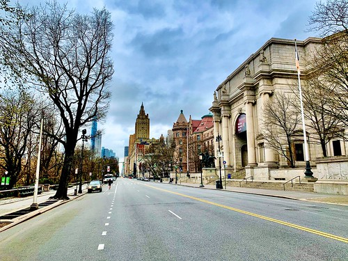 Natural history museum & Central Park West Coronavirus lockdown March 25th 2020