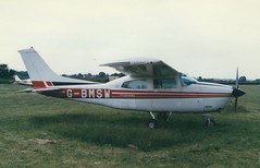 Photo of Cessna 210 G-BMSW Booker 03/06/89