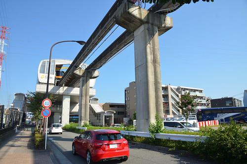 Tama Monorail Train Stopping at Koshu-kaido Station 2