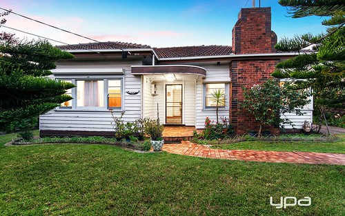 32 Wellington St, West Footscray VIC 3012