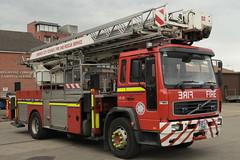 Limerick Fire & Rescue Service 2002 Volvo FLH250 Angloco Bronto Skylift F32RL ALP 02L2545